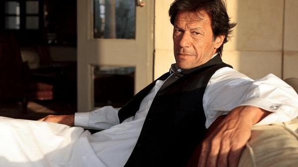 Twitter Can't Look Away as Imran Khan Set to Sweep Pakistan Polls