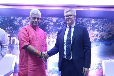 New Delhi: Union Communications Minister Manoj Sinha with Ericsson CEO Borje Ekholm at the inauguration of the Ericsson Centre of Excellence and Innovation Lab for 5G at the Indian Institute of Technology (IIT) in New Delhi, on July 3, 2018. (Photo: IANS)