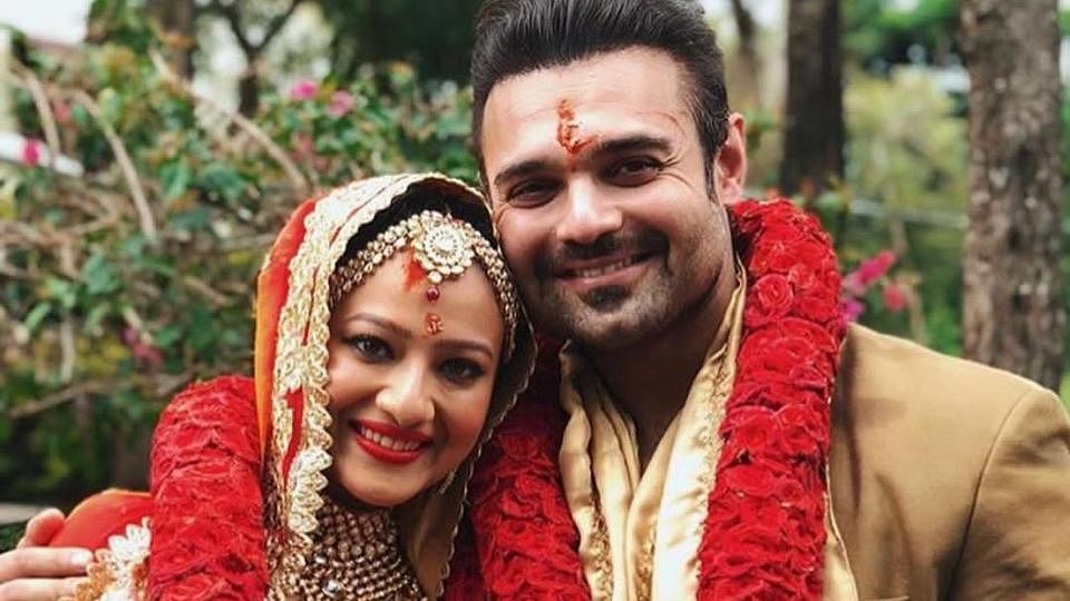 Mahaakshay Chakraborty tied the knot with his girlfriend Madalsa Sharma on 10 July.