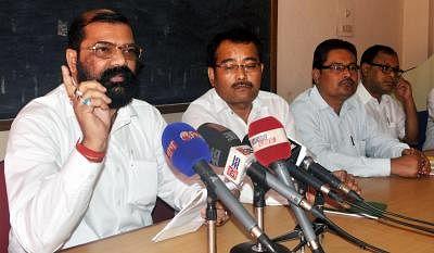 Samujjal Bhattacharya (L). (Photo: IANS)