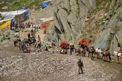 Pilgrims leave for Amarnath. (File Photo: IANS)