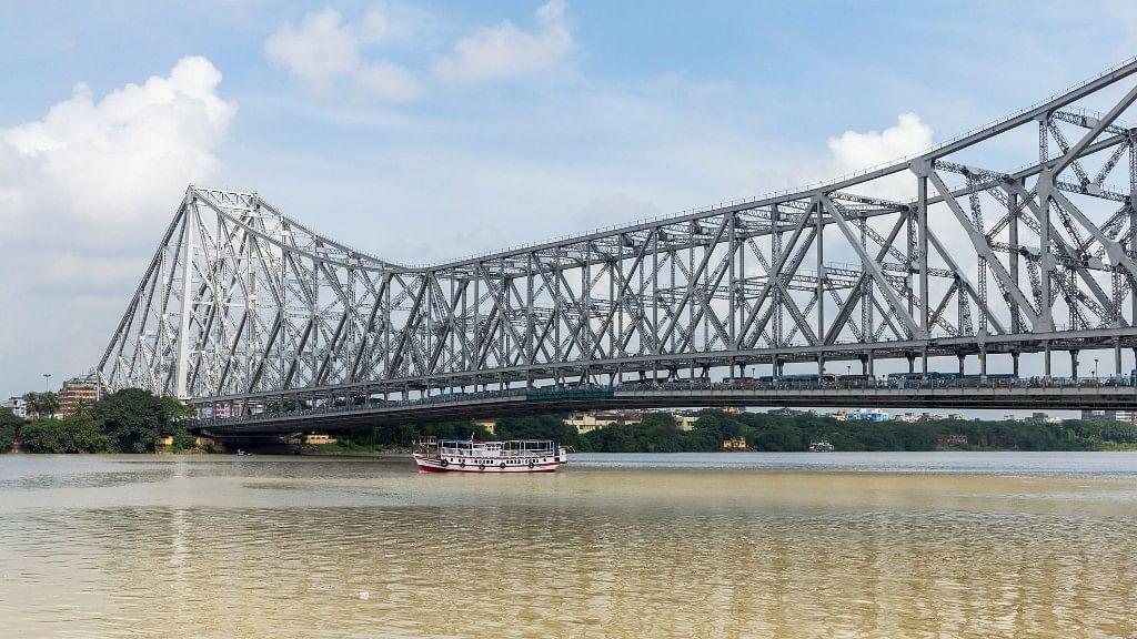 The iconic Howrah Bridge.