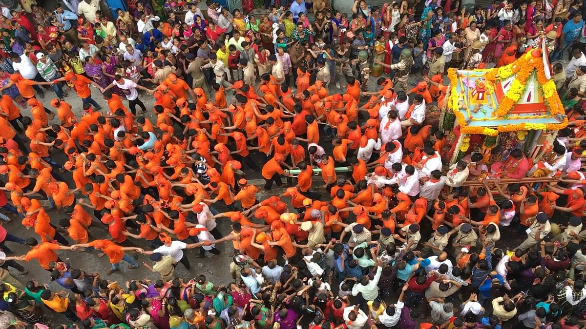 The Rath Yatra passes through Jamalpur towards Ahmedabad Municipal Corporation.