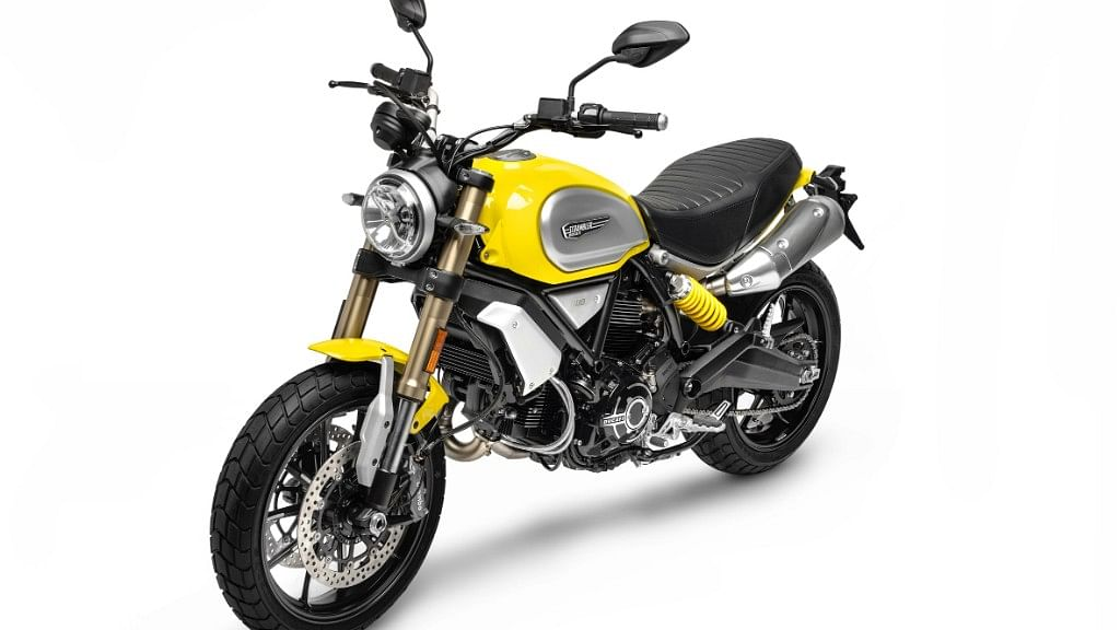 The Scrambler 1100 comes with the traditional yellow colour and is also available in black.