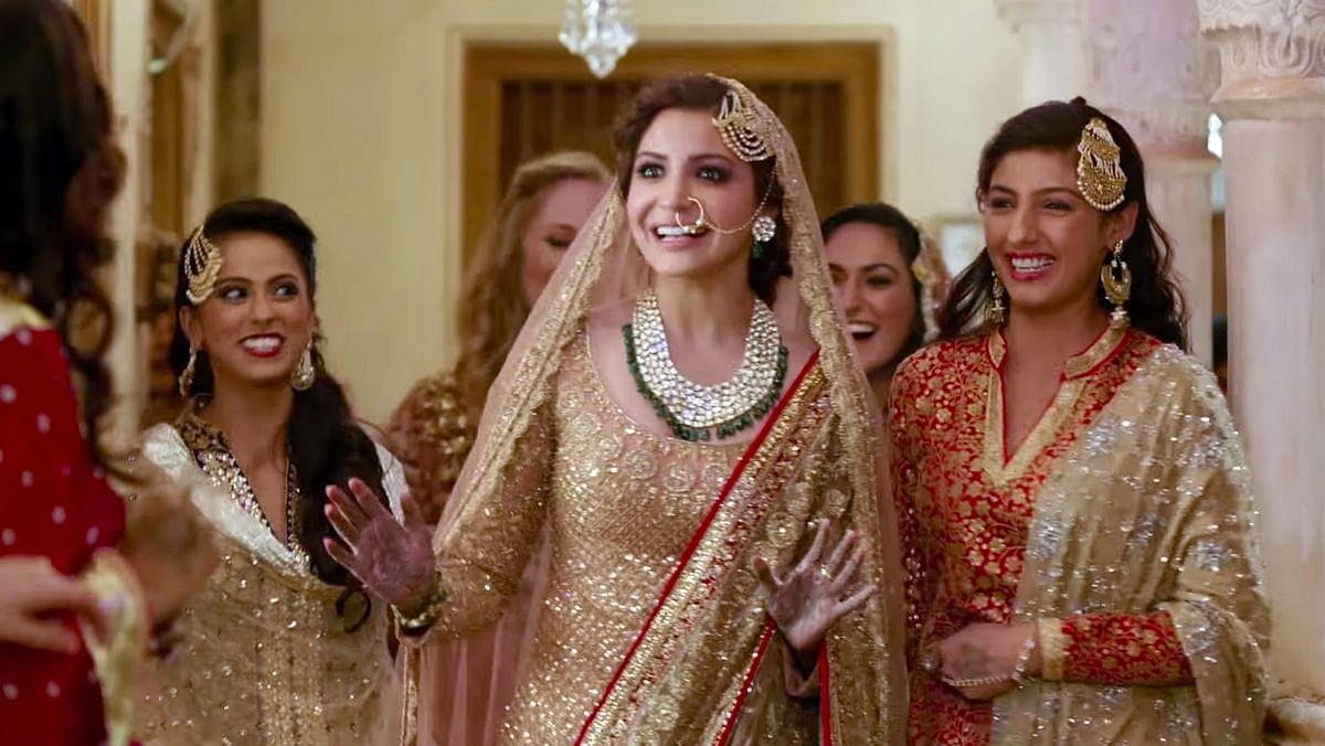 Anushka Sharma's iconic <i>lehenga</i> during the song, <i>Channa Mere Ya</i> was designed by Manish Malhotra.&nbsp;