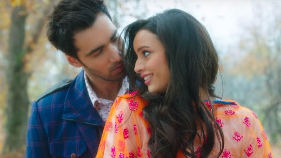Laila (Tripti Dimri) and Majnu (Avinash Tiwary) in a still from the trailer.