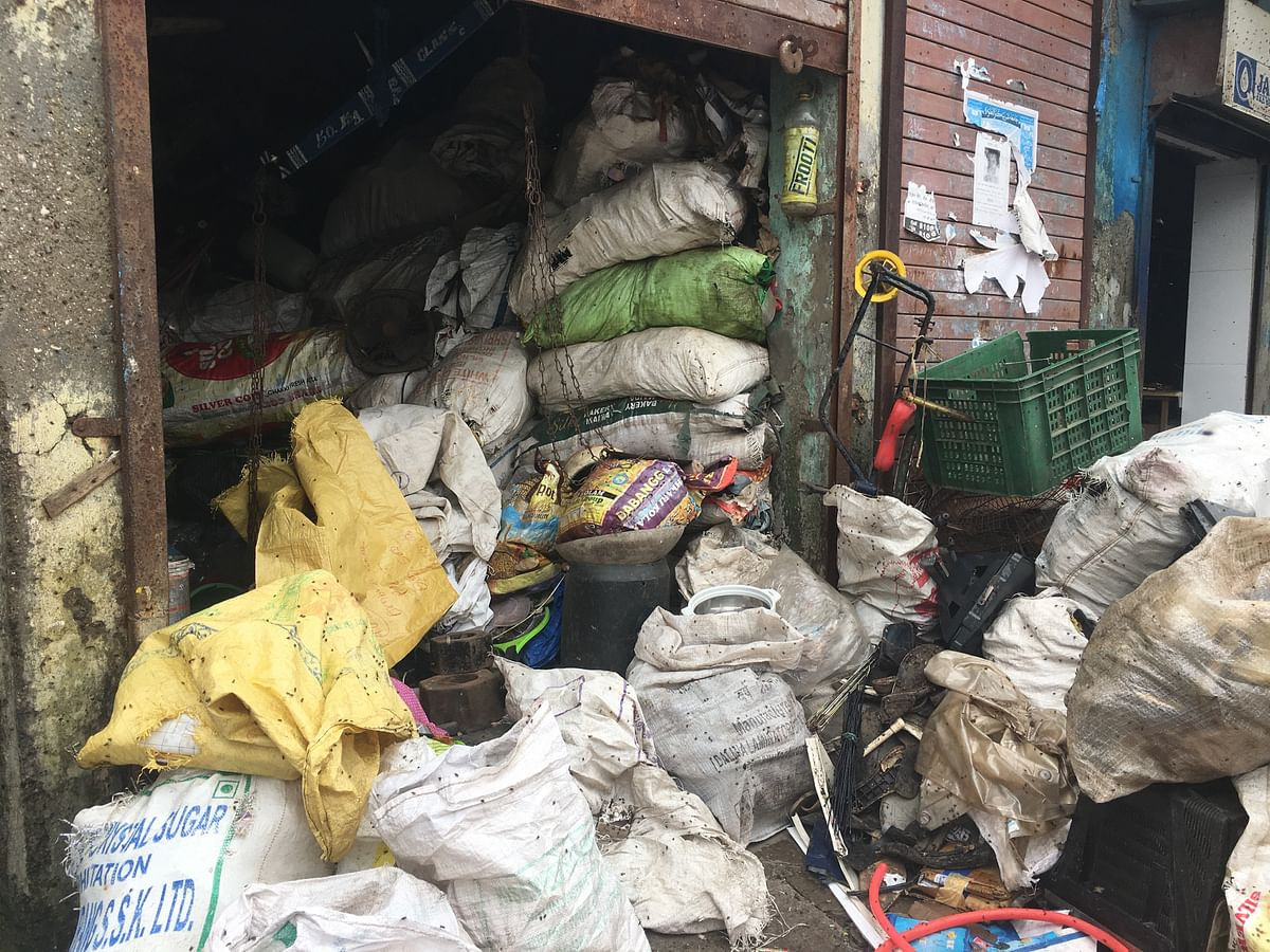 A shop that sells garbage right next to Deonar dumping ground.