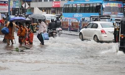 Kozhikode: A view of flooded streets of Kozhikode of Kerala after heavy rains lashed the city on Aug 14, 2018. For a second successive day, heavy rains lashed Kerala