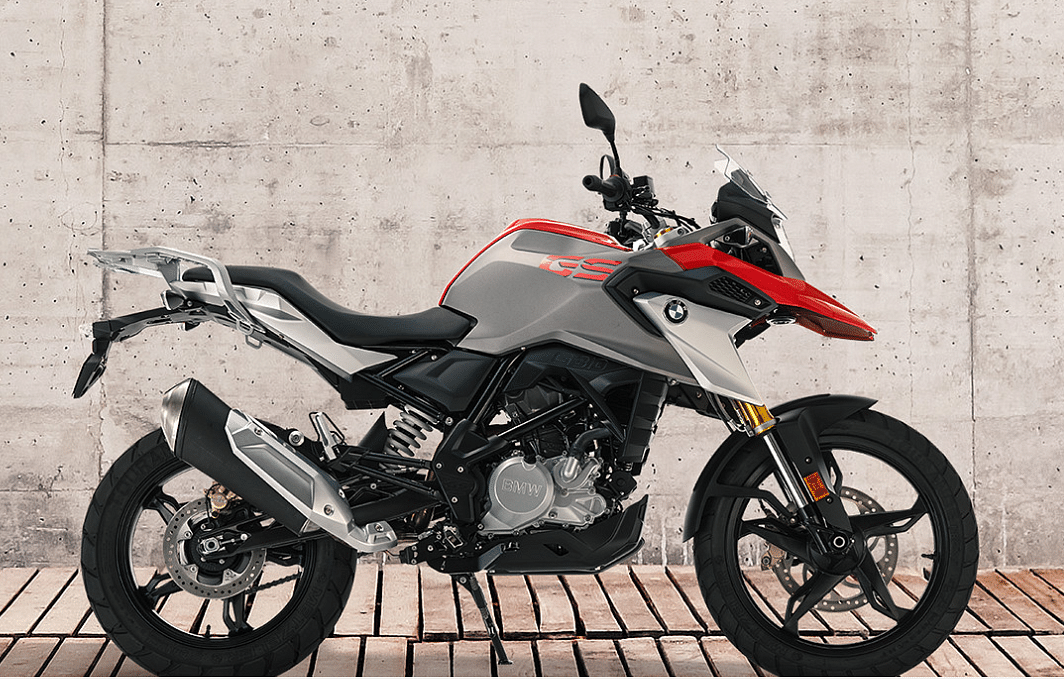 The bike is powered by a 313cc BMW engine that makes 34bhp of power and 28Nm of torque.