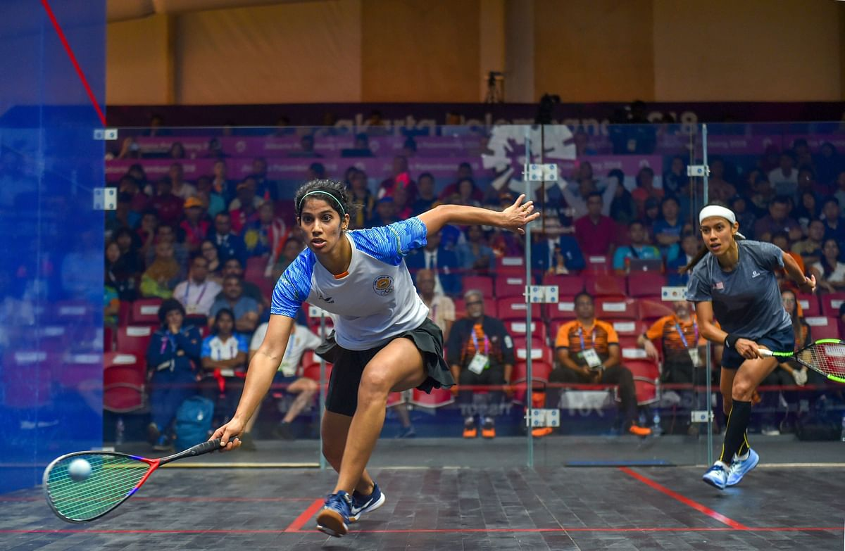 Jakarta: India's Joshna Chinappa (L) during the women's squash semifinal match against Malaysia's Nicol David at the 18th Asian Games 2018 in Jakarata on Friday, Aug 31, 2018.