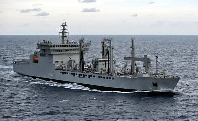 Mumbai: Indian Navy rushes fleet replenishment tanker - INS Deepak to Kochi with 8 Lakh litres of drinking water as part of relief work for Kerala floods, from Mumbai on Aug 18, 2018. (Photo: IANS/PIB)
