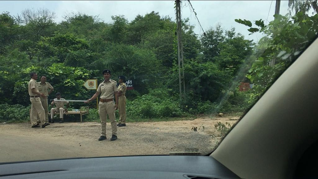 The police are not allowing anyone except journalists inside Hardik's farm house in, Lilapur in Ahmedabad near SP Ring Road.