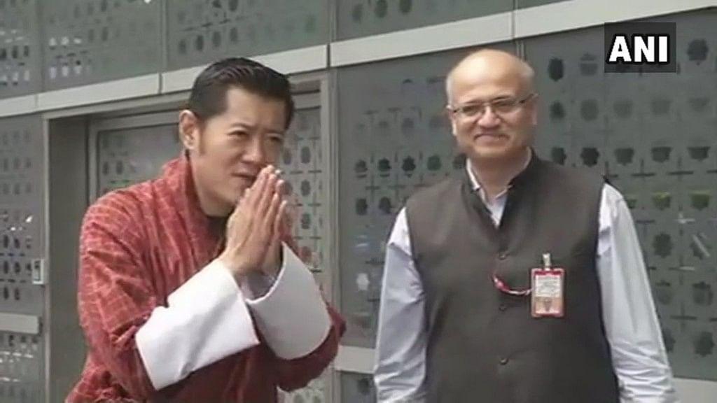 King of Bhutan Jigme Khesar Namgyel Wangchuk arrives in Delhi to pay homage to former prime minister Atal Bihari Vajpayee.