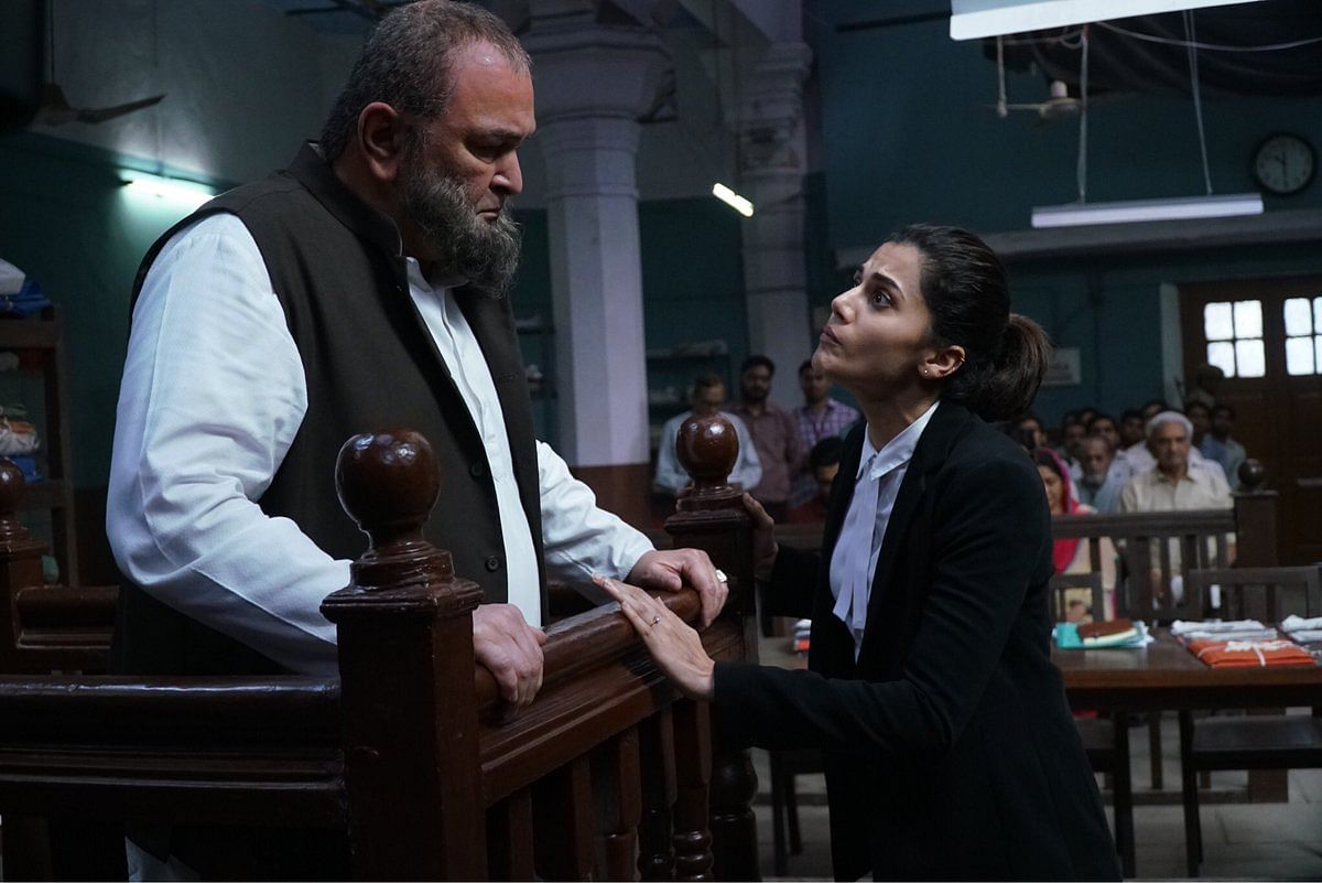 Rishi Kapoor and Taapsee Pannu in a still from <i>Mulk</i>.