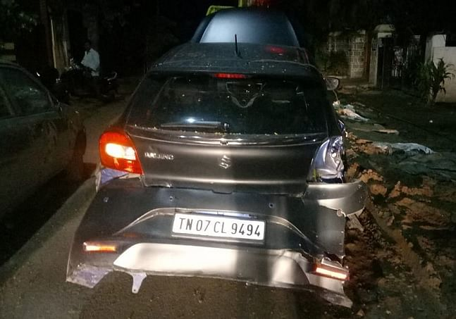 The injured man, Kamesh, has been admitted to the Royapettah government hospital. The pictures from the accident site show a battered auto-rickshaw.