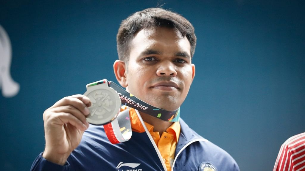 India's Deepak Kumar produced a late surge to steal a silver in the men's 10m rifle event at the 2018 Asian Games.