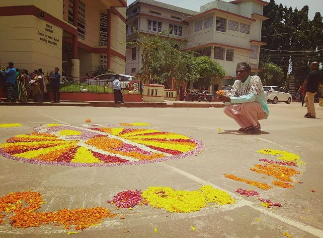 'We Shall Overcome': How Malayalis Celebrated Onam in Relief Camps
