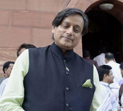 BJP slams Tharoor for remarks on Modi's 'outlandish headgear'
