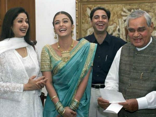 Atal Bihari Vajpayee with actor Sri Devi and Aishwarya Rai.