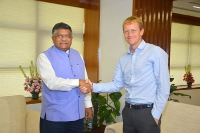 New Delhi: Union Electronics and Information Technology and Law and Justice Minister Ravi Shankar Prasad meets WhatsApp CEO Chris Daniels, in New Delhi on Aug 21, 2018. (Photo: IANS/Twitter/@rsprasad)