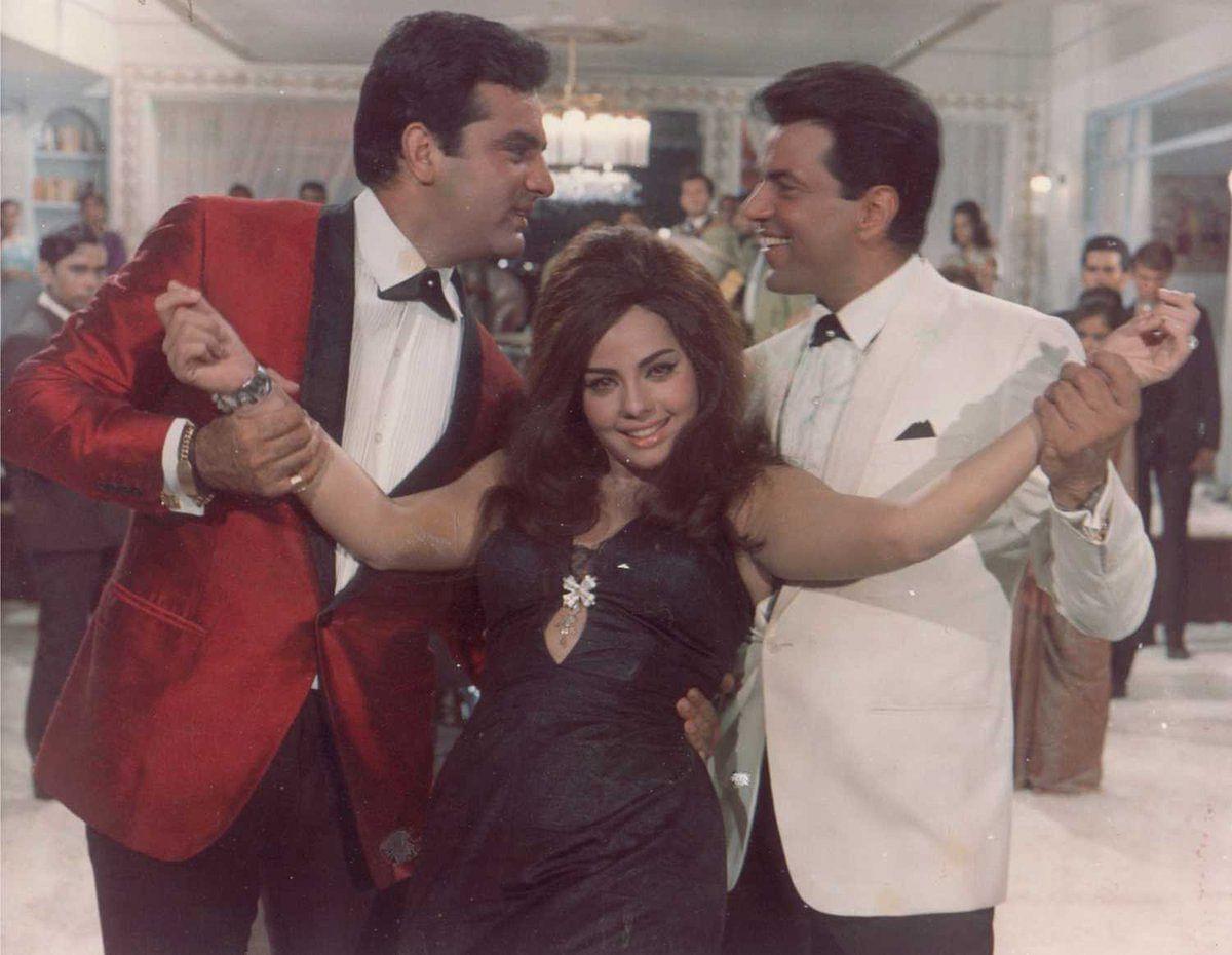 Feroz Khan, Mumtaz and Dharmendra in <i>Aadmi Aur Insaan.</i>
