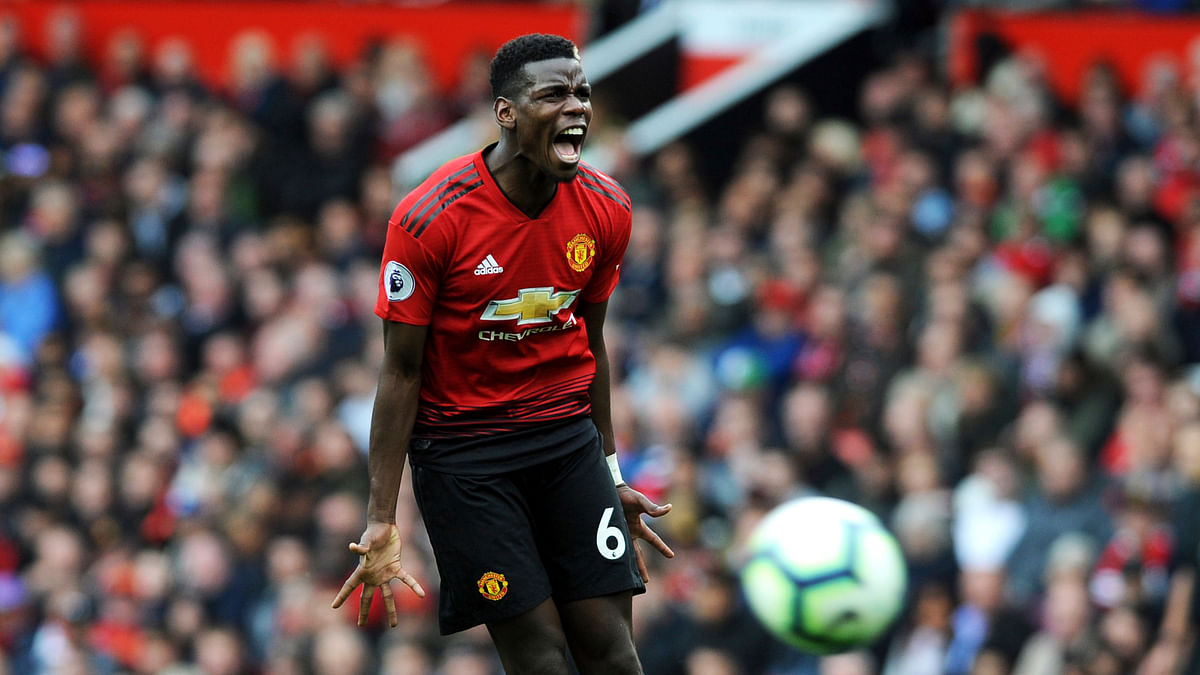 Manchester United's Paul Pogba has been relieved of his duties as the team's vice captain by manager Jose Mourinho.
