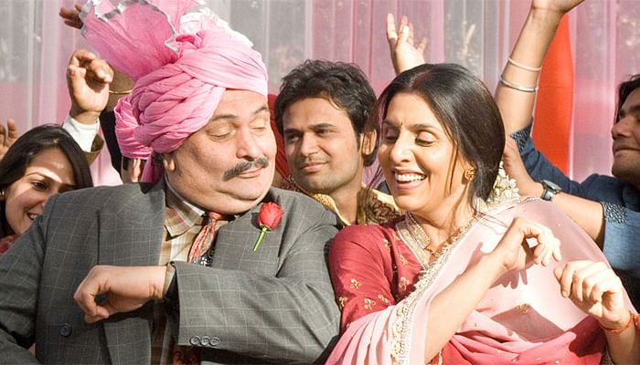Rishi and Neetu Kapoor in <i>Do Dooni Chaar</i>.