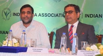 Kolkata: Commerce Secretary Anup Wadhawan and Indian Tea Association (ITA) Chairman Azam Monem during the 135th Annual General Meeting of ITA, in Kolkata on Sept 27, 2018. (Photo: IANS)
