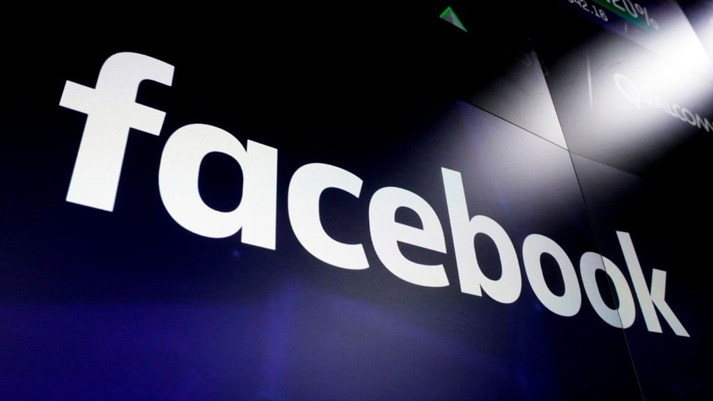 Facebook,  WhatsApp, Instagram Back Up After Global Outage