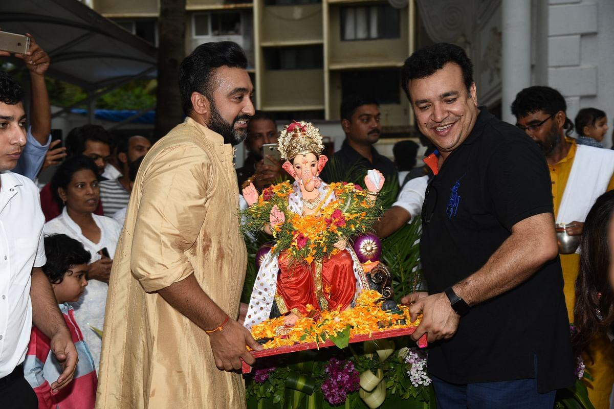 Raj Kundra prepares for visarjan.