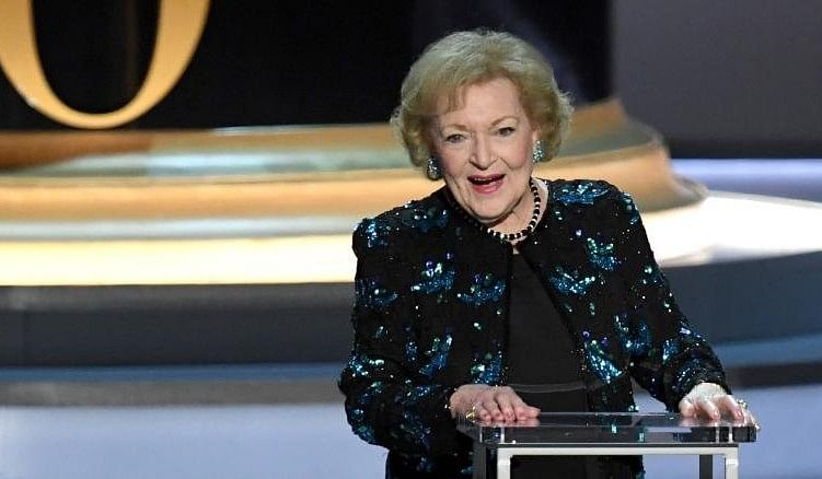 Betty White gives her acceptance speech.