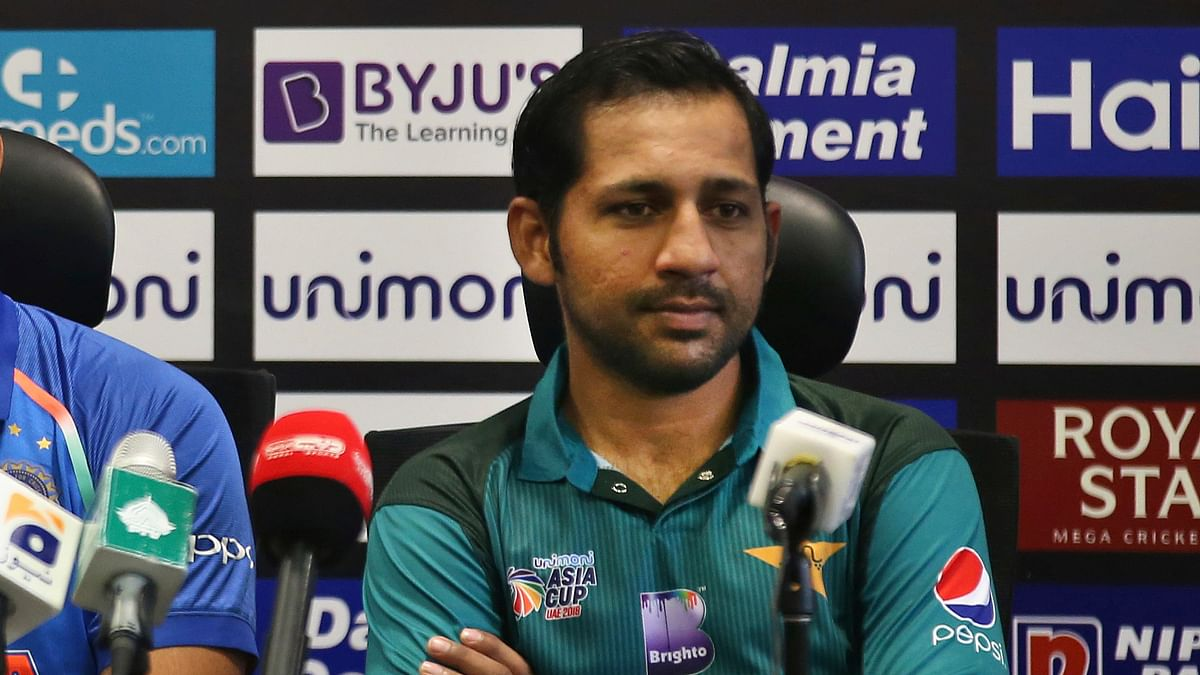 """Pakistan captain Sarfraz Ahmed said he accepted his """"mistake"""" after being banned for his racial remarks against a South African cricketer."""