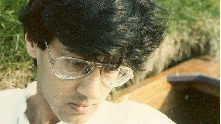 Siddharth Gautam was a member of the AIDS Bhedbhav Virodhi Andolan.