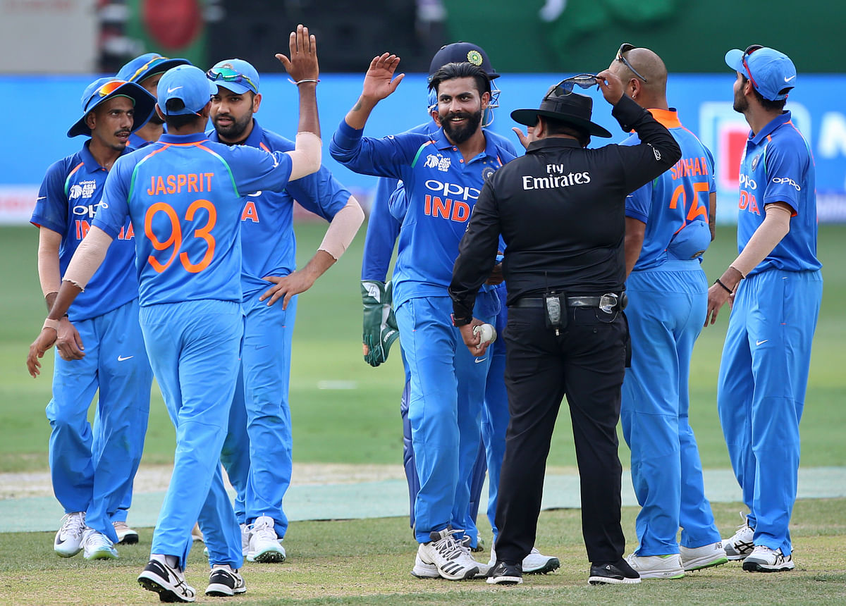 India have been masters at choking the run-flow in the middle overs which counteracts Bangladesh's modus operandi.