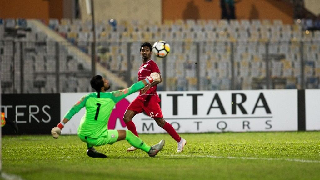 Ibrahim Mahudee Hussain scoring the first goal for Maldives in the final.