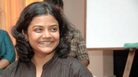 Senior Journalist Sandhya Ravishankar harassed and stalked for exposing the sand mafia of Tamil Nadu.