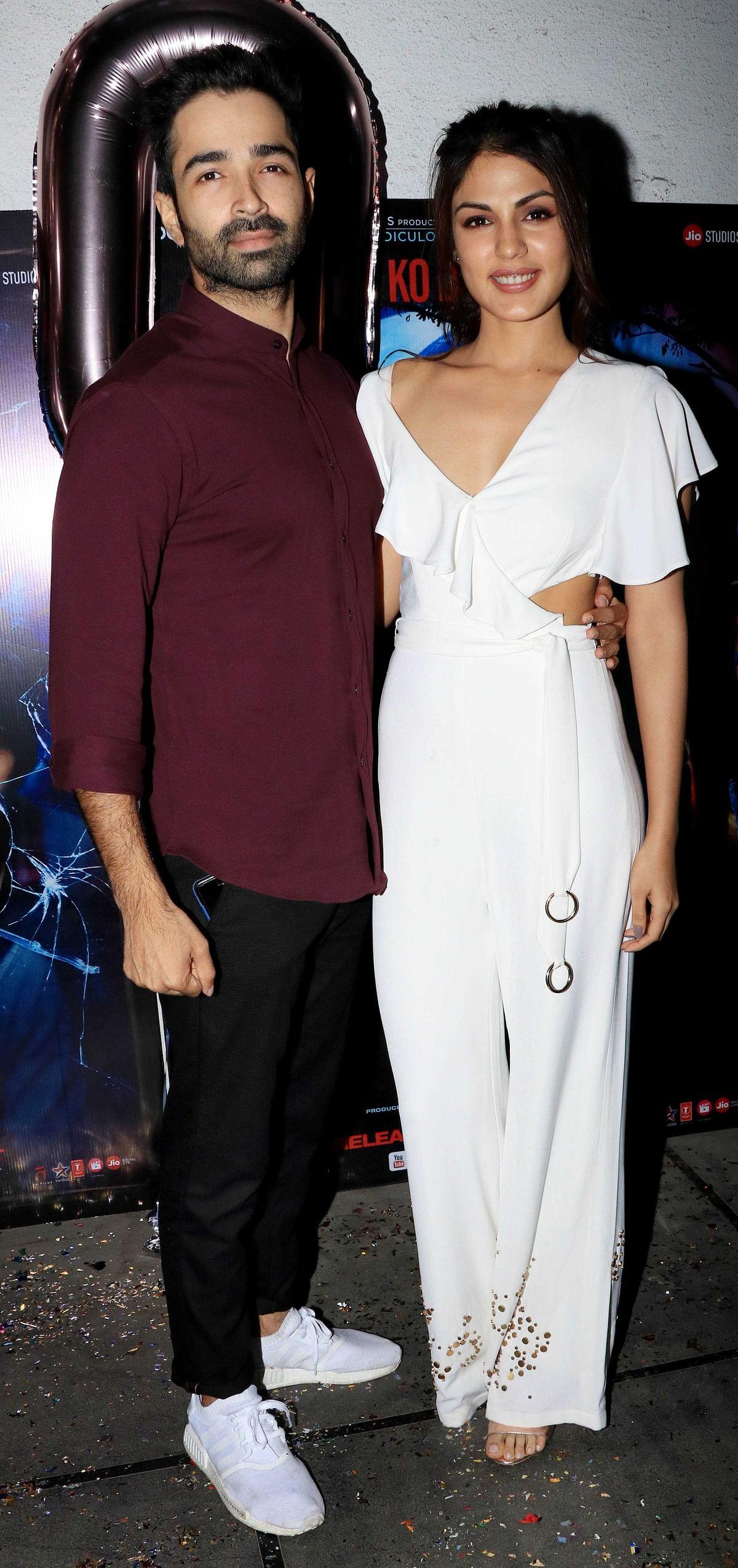 J<i>alebi </i>stars Rhea Chakraborty and Varun Mitra.