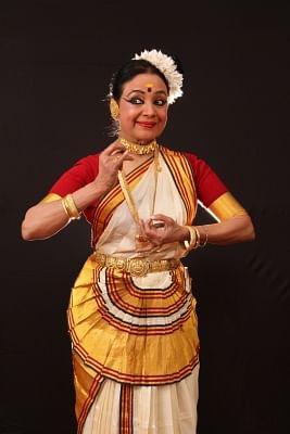 Mohiniyattam dance recital to pay tribute to 'resilient' Kerala