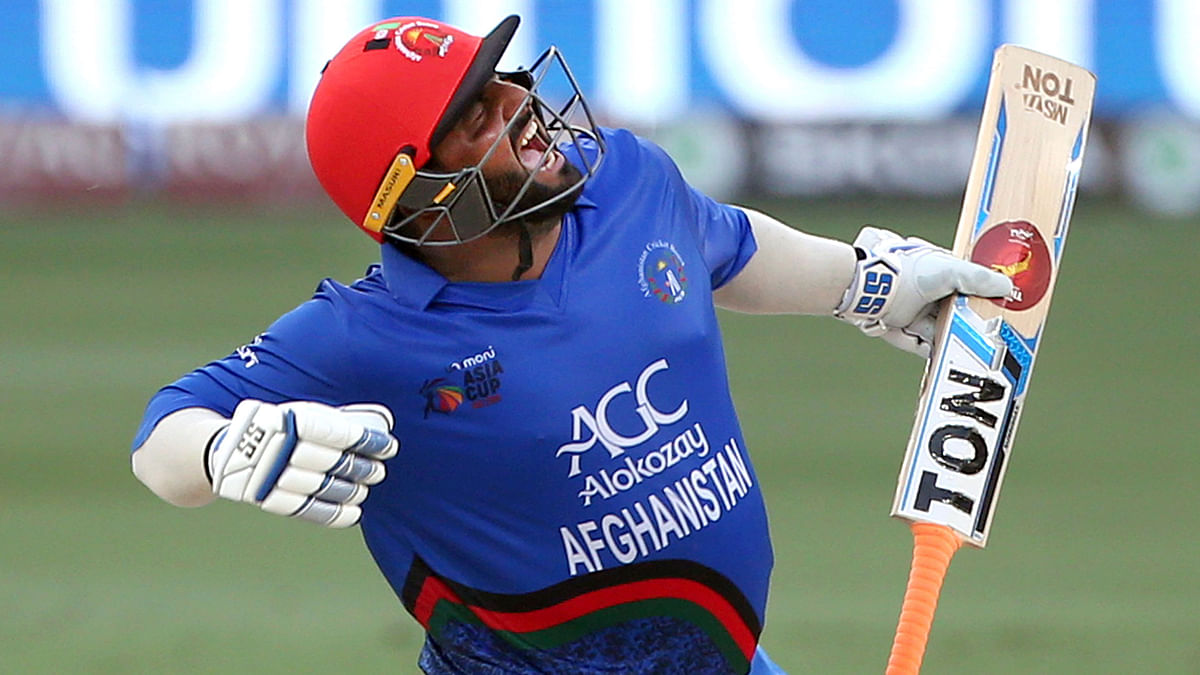 Size Doesn't Matter, Talent Does: Twitter Reacts to Shahzad's Ton