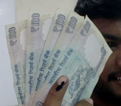 """As the rupee keeps falling to new lows, a top government official on Wednesday said it was a temporary phenomenon and the long-term path for rupee-dollar exchange rate was """"quite stable"""". (File Photo: IANS)"""