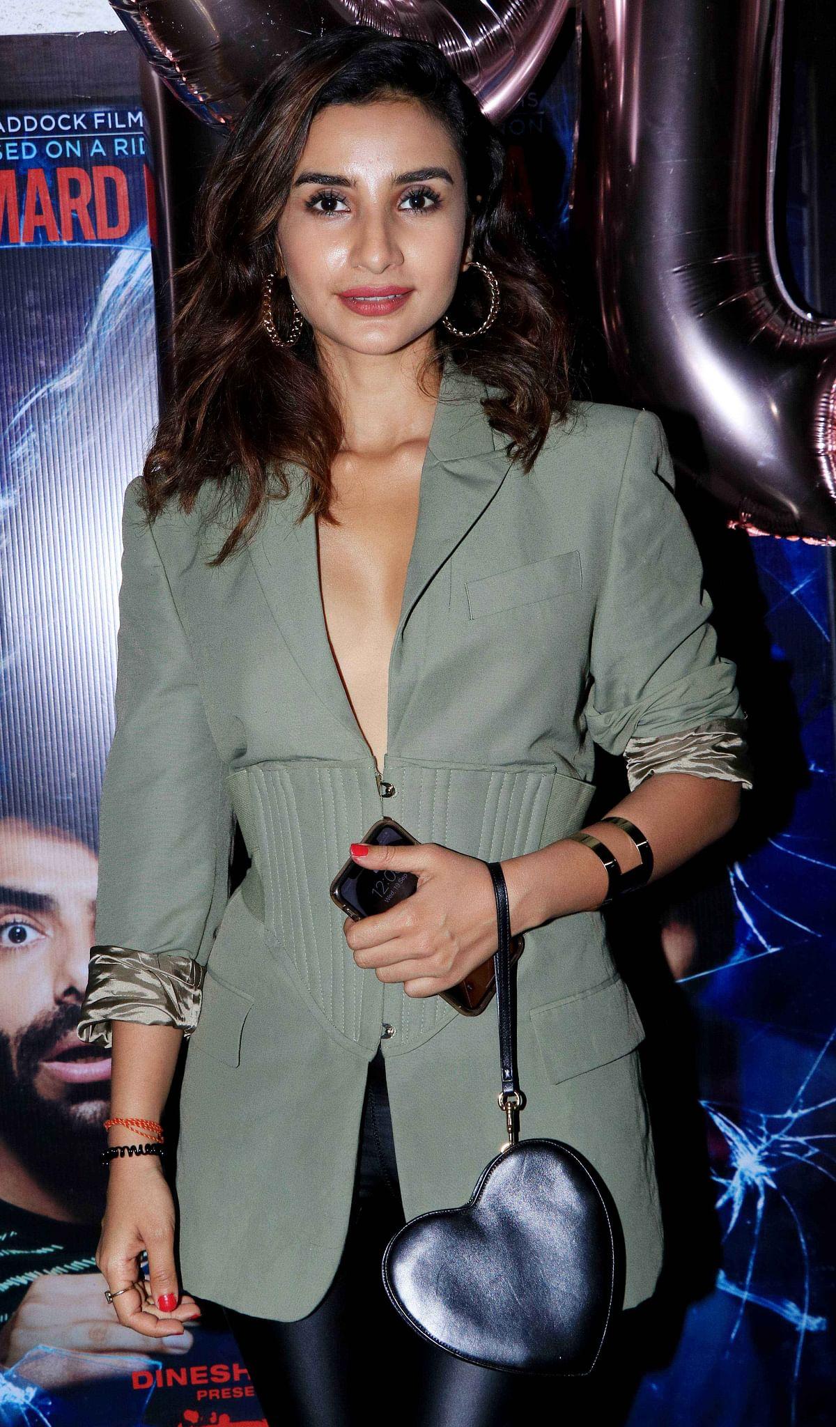 Patralekha carried a minimal but stylish look.