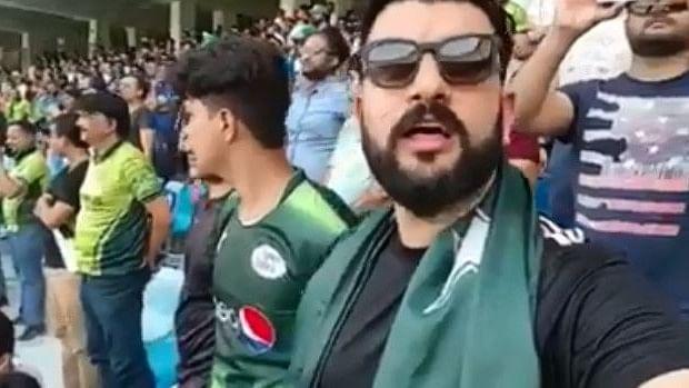 Pakistani Cricket Fan Singing Indian National Anthem Wins Hearts