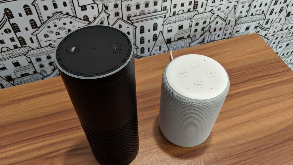 Echo Plus 2017 (left) and Echo Plus 2018 (right)