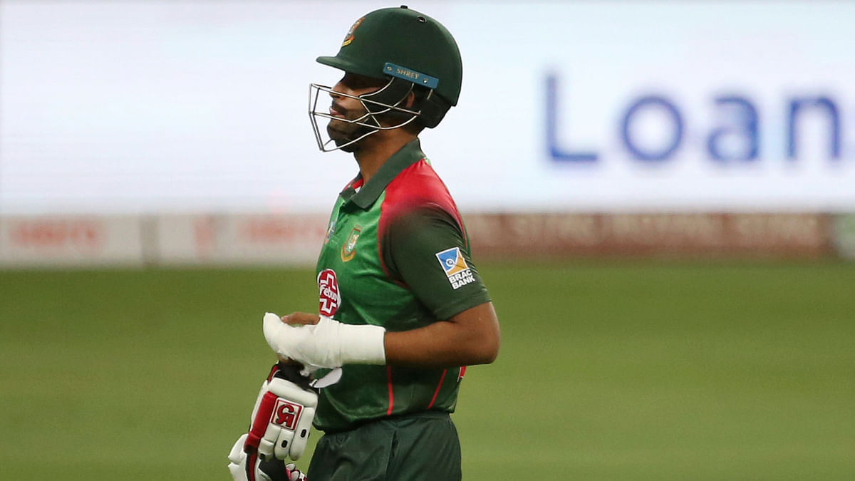 Asia Cup: Watch Tamim Iqbal Bat With One Hand After Breaking Wrist