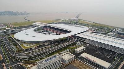 ZHUHAI, Oct. 21, 2018 (Xinhua) -- Aerial photo shows the Zhuhai Port of Hong Kong-Zhuhai-Macao Bridge in Zhuhai, south China