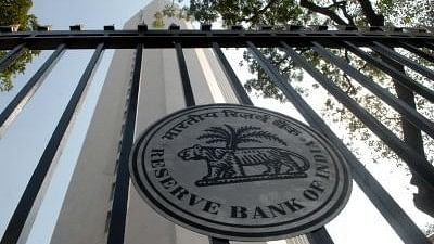 RBI Fines 36 Major Banks for Non-Compliance in SWIFT operations