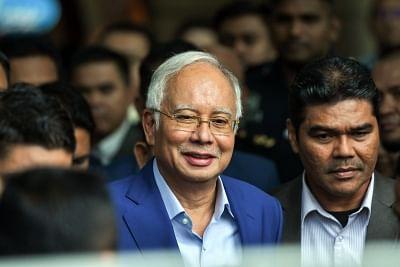 Najib Razak (L). (Xinhua/Chong Voon Chung/IANS)