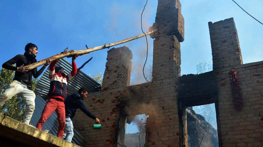 3 Militants Killed in J&K Encounter, 6 Civilians Die in Explosion