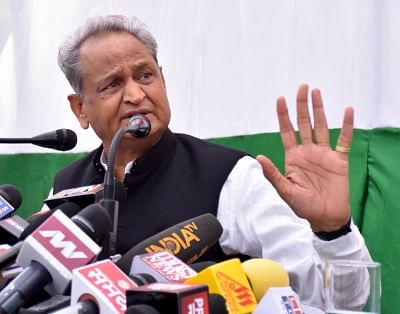 Jaipur: Congress leader Ashok Gehlot addresses a press conference in Jaipur on Oct 22, 2018. (Photo: IANS)