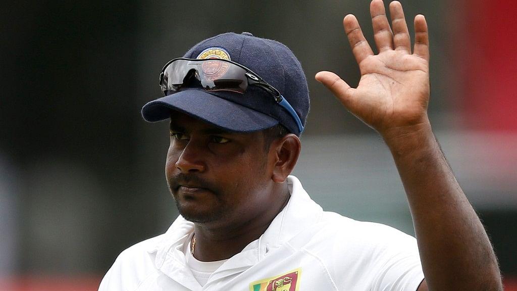 Sri Lanka's spin bowler Rangana Herath has decided to retire from international cricket.